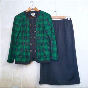 Vintage Sweater Skirt Set Green Black Plaid 10P